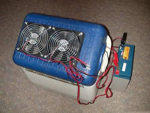 Старый переносной холодильник можно переделать в мобильный кондиционер